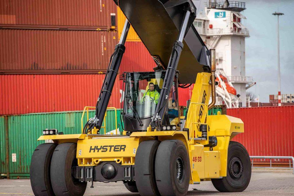 Nová kabína a motor pre najväčšie vozíky Hyster