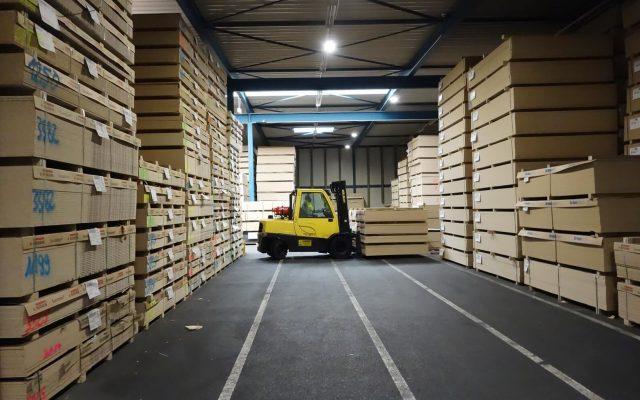Voziky Hyster v drevarskom priemysle
