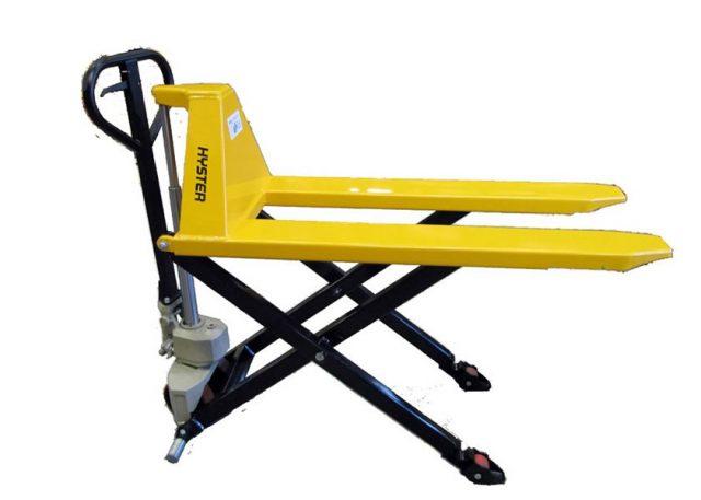 Manuálny nožnicový vozík