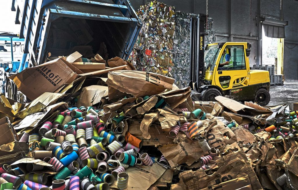 recyklácia papiera Hyster
